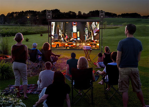 how to set up backyard theater